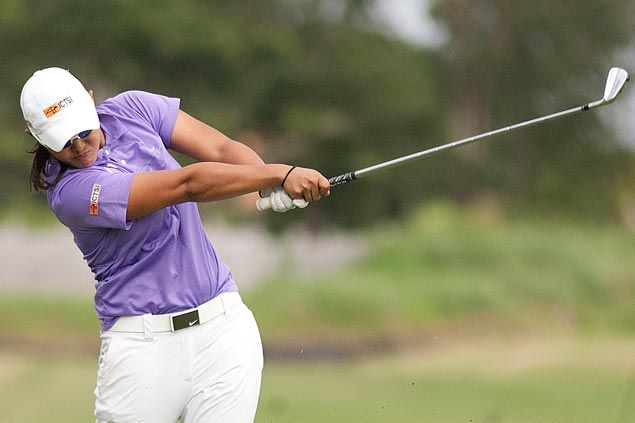 Rodriguez two shots ahead of Superal after one round in Sherwood Ladies Championship