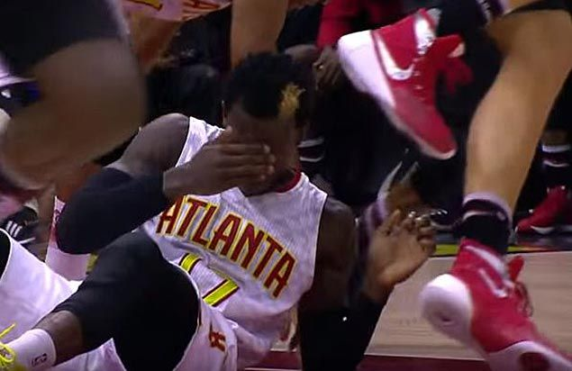 WATCH Dennis Schroder loses tooth in collision, puts it in his sock and plays on
