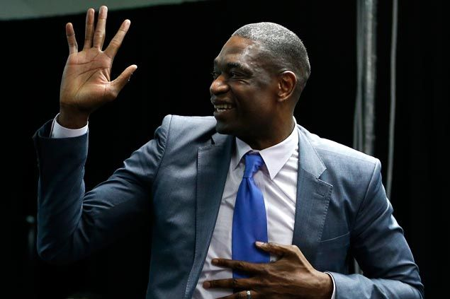 Dikembe Mutombo tells fans to ignore e-mail hoax saying he got robbed in Philippines