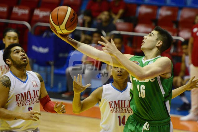 Dixon, Fajarito shine as St. Benilde turns back EAC for first victory in five games