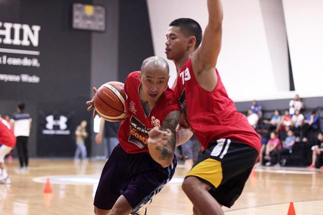 For oldest draft applicant Eric Miraflores, it's never too late to reach hoop dreams
