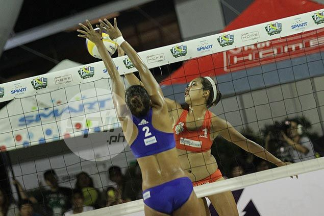 Final faceoff on the sand as Ceballos and Orendain battle Gendrauli and Diaz in Super Liga beach volley title match