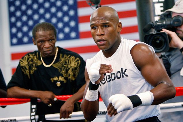 Floyd Mayweather Sr. on Pacquiao: 'We're not fighting Cassius Clay. We're fighting an ordinary guy'