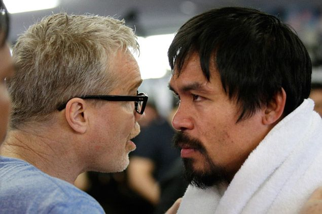 Freddie Roach says being around Pacquiao helped him block off anxiety, suicidal thoughts