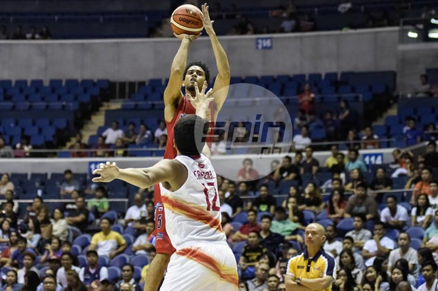 Gabe Norwood sparks late surge as Rain or Shine scores maiden victory, keeps Phoenix winless