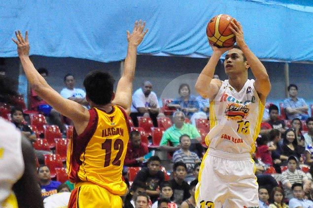 Lanete shows way as Hapee overpowers Tanduay to join early D-League leaders
