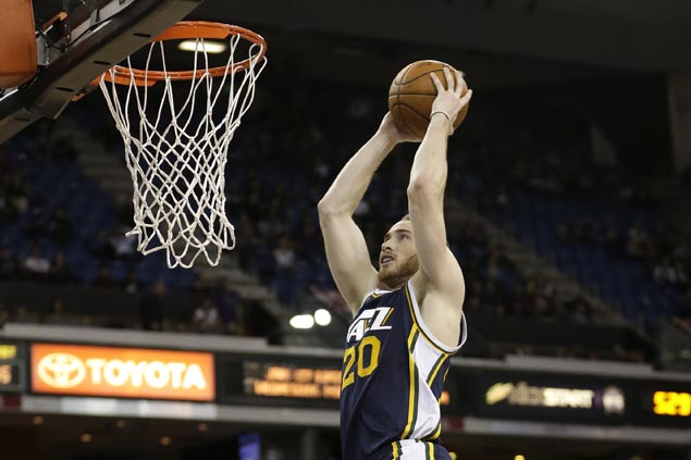 Jazz outlast Suns in thrilling finish to stretch win streak to four