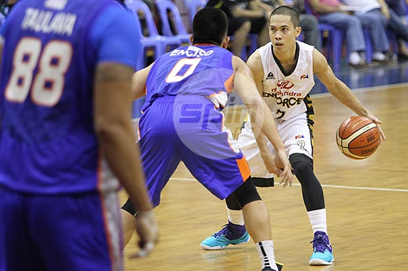 LA Revilla return may force Mahindra to relegate Pacquiao back to reserve list
