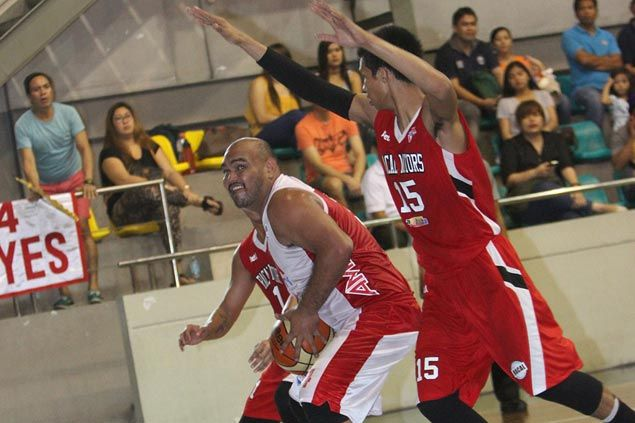 JR Taganas puts up a 20-20 game to carry AMA University to victory over Racal Motors