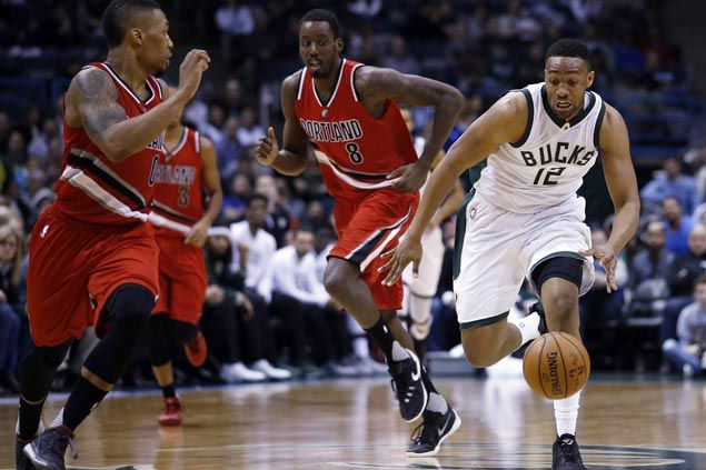 Bucks switch up last-second defensive tactics to pull off improbable win over Blazers