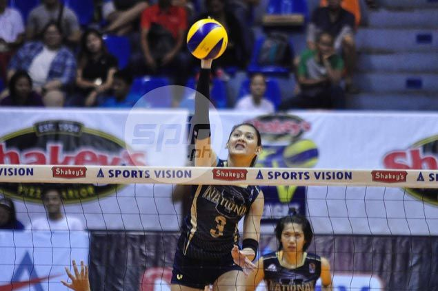 NU Lady Bulldogs clobber CSB Lady Blazers to close in on V-League semifinals