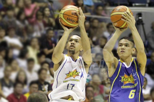 Jayson Castro doesn't mind giving way to Kevin Alas, says rookie is 'future'of TNT