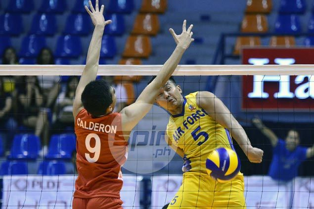 Air Force Raiders down Cignal HD to draw first blood in Spikers Turf finals