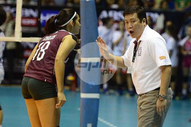 UP Lady Maroons hoping, praying for La Salle victory to avoid pressure-laden playoff