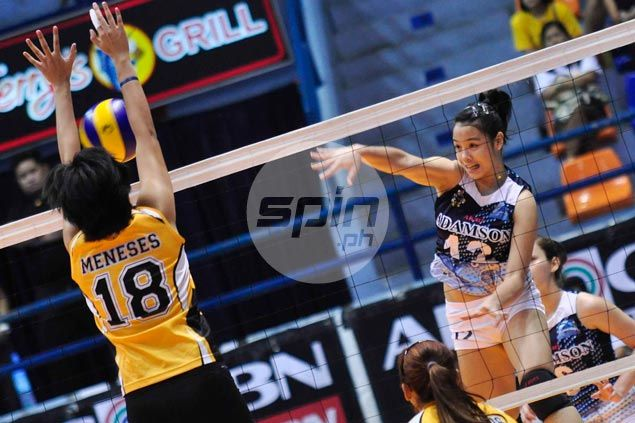 Adamson stretches streak to three and sends UST to fourth consecutive loss