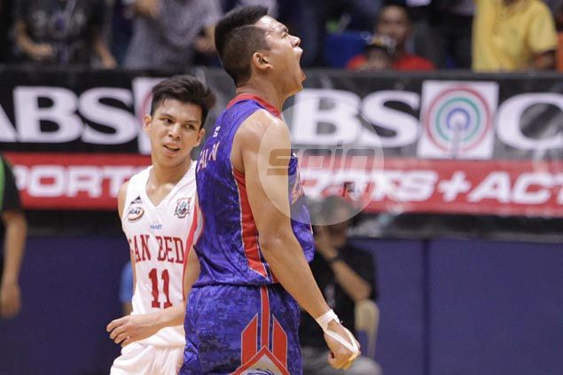 Jio Jalalon makes the big baskets down the stretch as Arellano Chiefs ousteady San Beda Red Lions