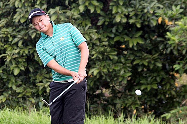 Jobim Carlos takes one-stroke lead after one round of Philippine Amateur Open Golf Championship