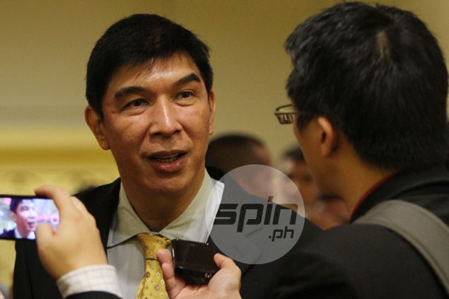 Talk 'N Text likely to play PBA opener without Ranidel de Ocampo and Alapag, says coach Uichico