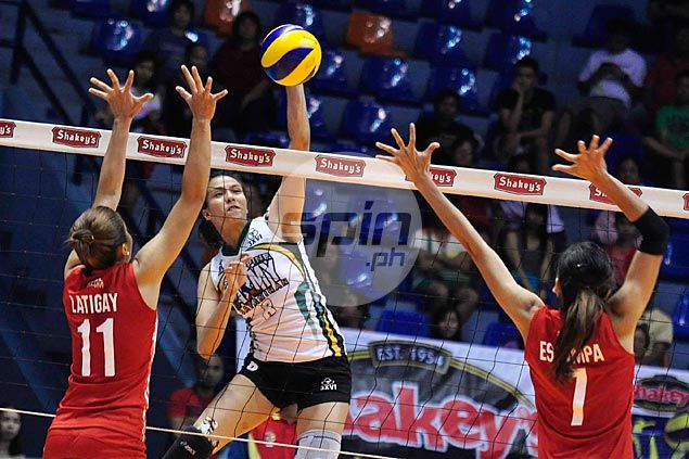 Army takes top spot in V-League semifinals as PLDT slides to No. 2