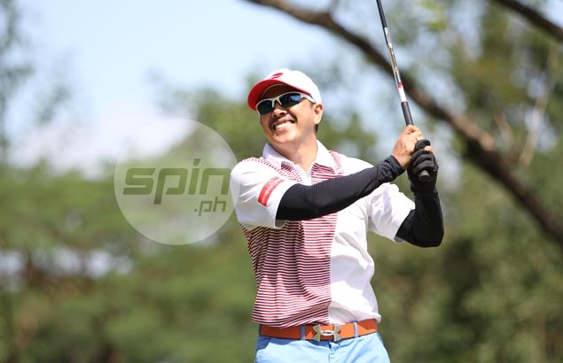Jovic Garcia is obviously pleased after hitting one down the fairway.Jerome Ascano