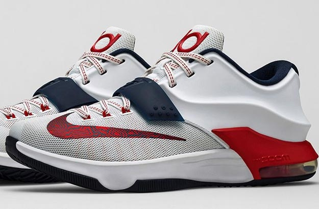 ca5f4cba6b7 The Nike KD7 is an innovative shoe that meets the needs of reigning NBA MVP Kevin  Durant s quickness