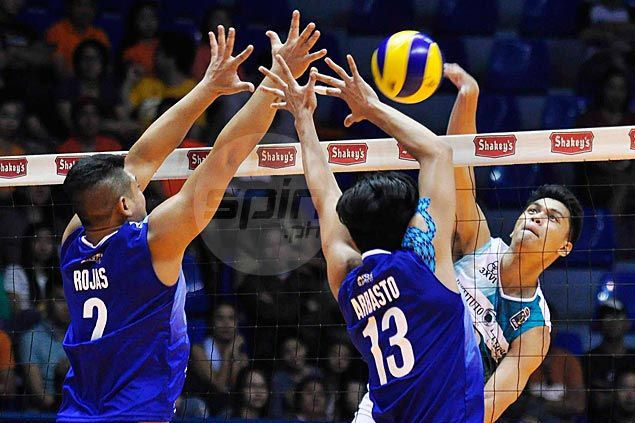 Volley Masters foil Smashers for historic win in inaugural Shakey's V-League men's tilt