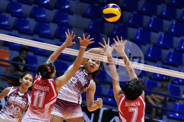 Kathy Bersola leads way as UP Lady Maroons keep UE Lady Warriors winless in UAAP volley
