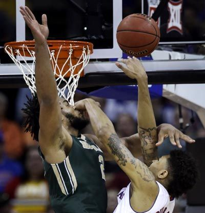 Kelly Oubre Jr. headed for NBA draft after just one season with Kansas