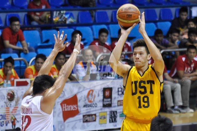 Boy Sablan counting on UST holdovers, two recruits after Vigil and Sheriff ruled ineligible