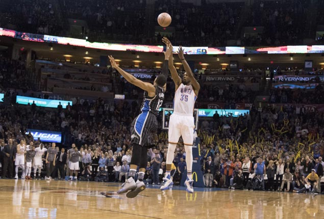 Kevin Durant caps 37-point outing with buzzer-beating triple to lift Thunder over Magic