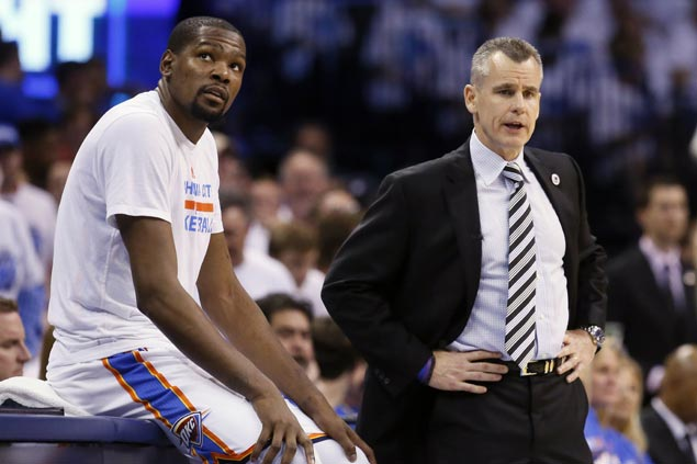 Apologetic Kevin Durant calls tweets criticizing OKC Thunder, coach Billy Donovan 'childish, idiotic'