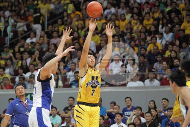 UST coach all praises for Kevin Ferrer as Tigers skipper plays through fever