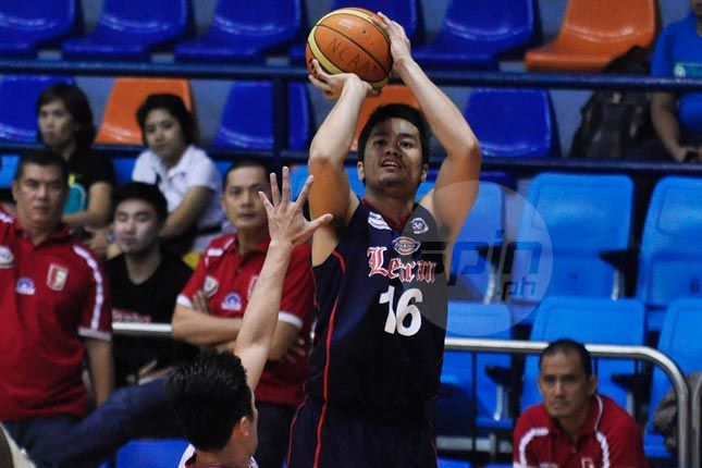 Letran Knights punish zone-defending EAC Generals to keep Final Four hopes alive