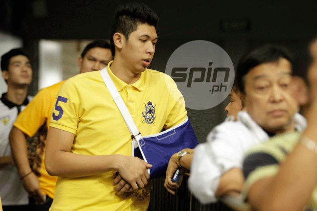 Like Douglas McArthur, Kevin Ferrer vows to return and help UST's late season charge