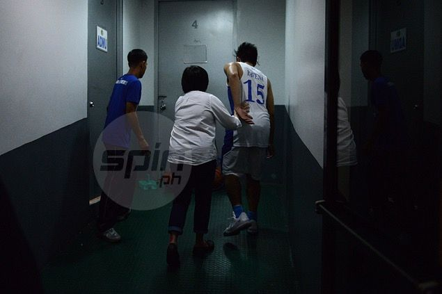 Kiefer Ravena shrugs off injury, says he doesn't expect to miss any games