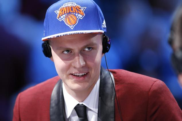 After Shawn Bradley comparisons, Knicks rookie Porzingis eats 5,000 calories a day to bulk up