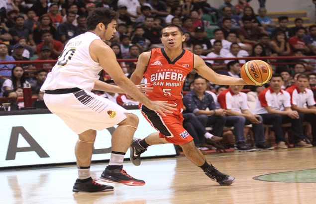 'Diskarte niya yun,' says Ato Agustin on LA Tenorio's hesitation to take a wide-open shot late in Ginebra loss to Barako