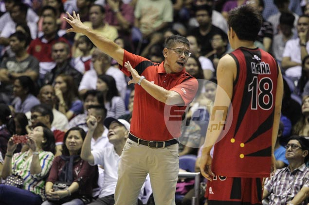 Coach Leo Austria urges San Miguel to stop waiting for Fajardo return