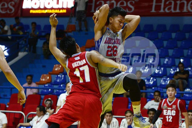 Double-doubles by Lervin Flores, Jio Jalalon power Arellano past EAC
