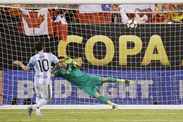 Chile beats Argentina to retain Copa title as Lionel Messi misses in penalty shootout
