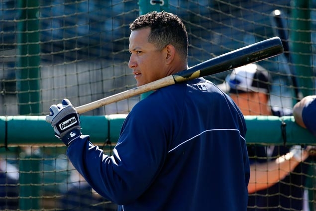 Tigers sign Cabrera to record US$292 million, 10-year deal