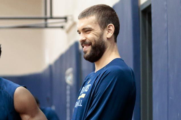 Marc Gasol cleared to play in time for Grizzlies camp after completing rehab on broken foot