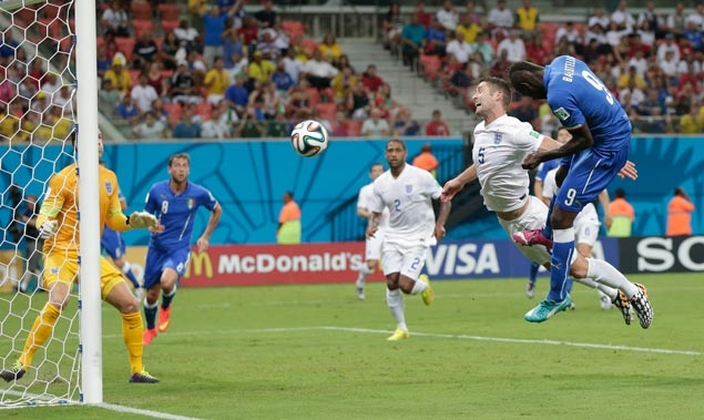 Balotelli header gives Italy victory over Englandin hot Manaus in World Cup