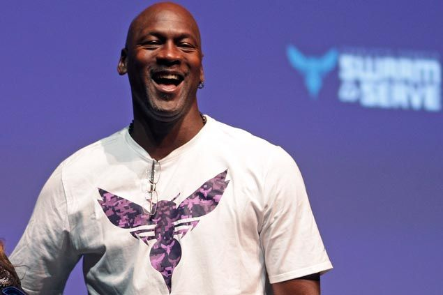 WATCH Michael Jordan says there's 'No question' he could beat LeBron James one-on-one in his prime