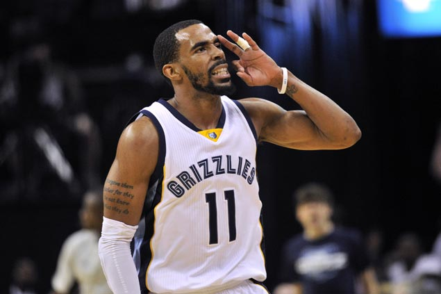 Mike Conley agrees to five-year $153 million deal with Memphis asChandler Parsons joinsGrizzlies