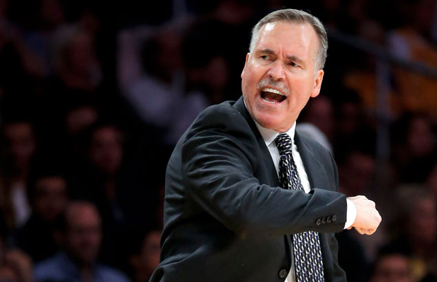Mike D'Antoni agrees to 4-year deal as coach of Houston Rockets, says source