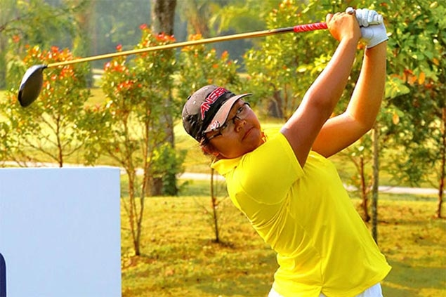 Mia Legaspi off to a fiery start as Team Philippines takes first round lead in Putra Cup