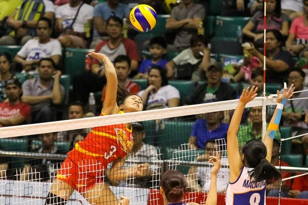 Myla Pablo, Michele Gumabao show way as Philips Gold scores five-set squeaker over Foton