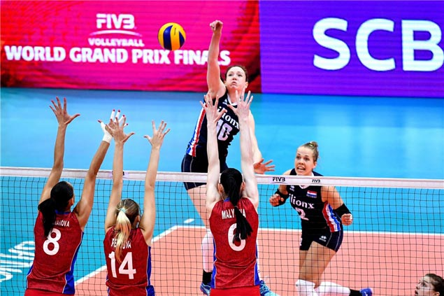 Dutch spikers recover from two sets down to beat Russia and salvage bronze in World Women's GP
