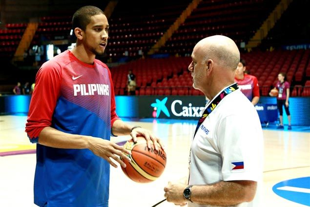 Gabe Norwood dunk over Luis Scola highlights strong start for Gilas vs Argentina